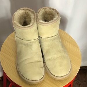 UGG ankle booties women's size 9W